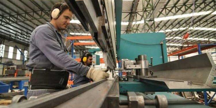Industria-del-acero-3-750x375
